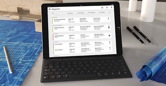 iPad mit Tastatur, auf dem VOLTA mobile läuft